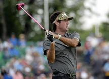 Jun 16, 2016; Oakmont, PA, USA; Bubba Watson hits his tee shot on the 12th hole during the first round of the U.S. Open golf tournament at Oakmont Country Club. Mandatory Credit: Michael Madrid-USA TODAY Sports