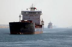 A cargo ship passes through the New Suez Canal in Ismailia, Egypt, January 17, 2016. REUTERS/Mohamed Abd El Ghany
