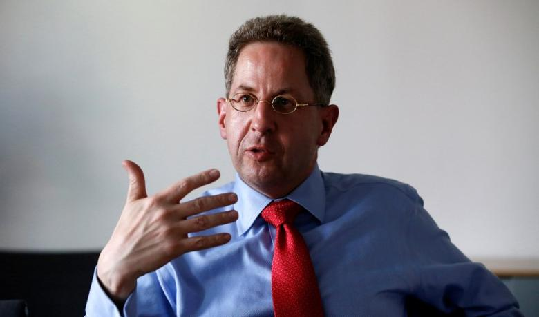 Hans-Georg Maasse, of the Federal Office for the Protection of the Constitution (BfV), gestures during an interview in Berlin, Germany August 4, 2015. REUTERS/Fabrizio Bensch/File Photo