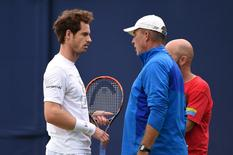 Britain Tennis - Aegon Championships - Queens Club, London - 16/6/16 Great Britain's Andy Murray and coach Ivan Lendl Action Images via Reuters / Tony O'Brien