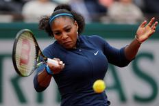 Tennis - French Open Women's Singles Final match - Roland Garros - Serena Williams of the U.S. vs Garbine Muguruza of Spain - Paris, France - 04/06/16. Serena Williams returns the ball. REUTERS/Benoit Tessier