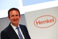Hans Van Bylen, président du directoire de Henkel. Le groupe allemand rachète le lessivier américain The Sun Products au fonds Vestar Capital Partners pour 3,2 milliards d'euros, dette incluse, une opération qui en fera le numéro deux du secteur aux Etats-Unis. /Photo d'archives/REUTERS/Wolfgang Rattay