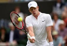 Britain Tennis - Wimbledon - All England Lawn Tennis & Croquet Club, Wimbledon, England - 27/6/16 Great Britain's Kyle Edmund in action against France's Adrian Mannarino REUTERS/Tony O'Brien