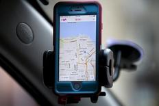 A smartphone app for Lyft drivers is seen during a photo opportunity in San Francisco, California February 3, 2016.  REUTERS/Stephen Lam