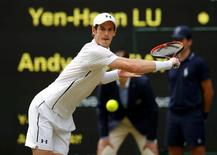 Britain Tennis - Wimbledon - All England Lawn Tennis & Croquet Club, Wimbledon, England - 30/6/16 Great Britain's Andy Murray in action against Chinese Taipei's Yen-Hsun Lu REUTERS/Andrew Couldridge
