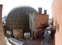 Imagen de archivo del reactor nuclear Atucha II en Zárate, Argentina, sep 28, 2011. Argentina y China firmaron el jueves un memorándum de entendimiento para la construcción de dos centrales de energía nuclear en el país sudamericano con financiamiento de bancos chinos, informó el Ministerio de Energía argentino.  REUTERS/Enrique Marcarian