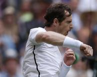 Britain Tennis - Wimbledon - All England Lawn Tennis & Croquet Club, Wimbledon, England - 4/7/16 Great Britain's Andy Murray celebrates winning his match against Australia's Nick Kyrgios REUTERS/Andrew Couldridge