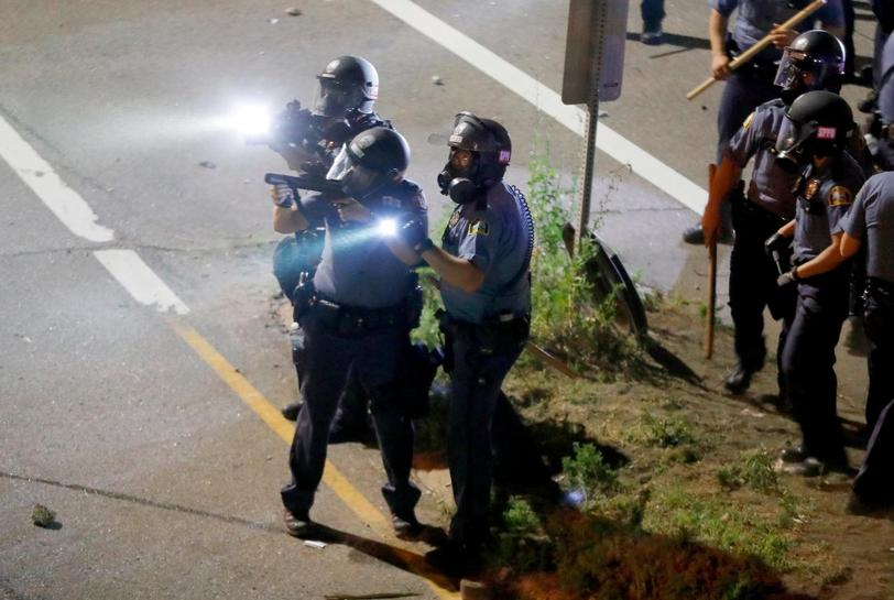 Protests over shootings block roads in US cities, arrests made