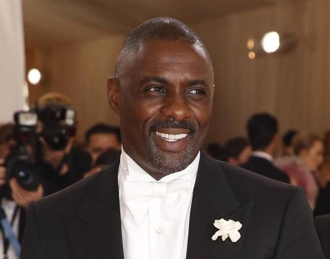 Actor Idris Elba arrives at the Metropolitan Museum of Art Costume Institute Gala (Met Gala) to celebrate the opening of ''Manus x Machina: Fashion in an Age of Technology'' in the Manhattan borough of New York, May 2, 2016.  REUTERS/Lucas Jackson - RTX2CIFF