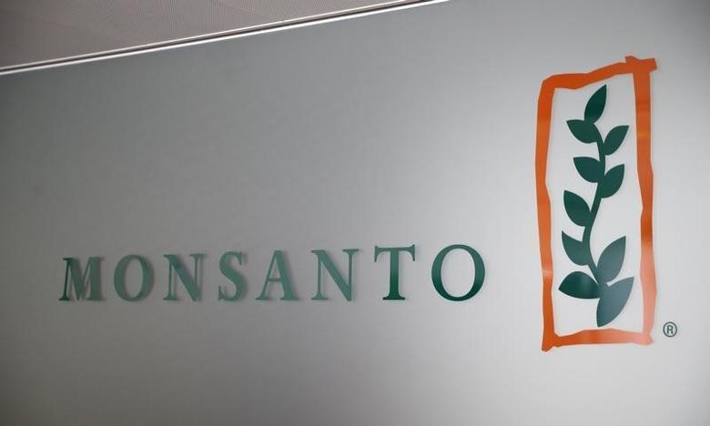 A Monsanto logo is pictured in the company headquarters in Morges, Switzerland, May 25, 2016.  REUTERS/Denis Balibouse