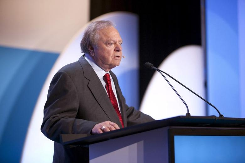 Harold Hamm, CEO of Continental Resources, speaks during the IHS CERAWeek 2015 energy conference in Houston, Texas in this April 21, 2015 file photo.  REUTERS/Daniel Kramer