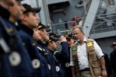 Ministro da Defesa, Raul Jungmann, se reúne com fuzileiros navais no Rio de Janeiro 21/07/2016 REUTERS/Ueslei Marcelino