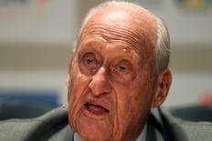 Former FIFA President Joao Havelange attends the Soccerex global convention at Copacabana beach in Rio de Janeiro, November 22, 2010.  REUTERS/Bruno Domingos/File photo