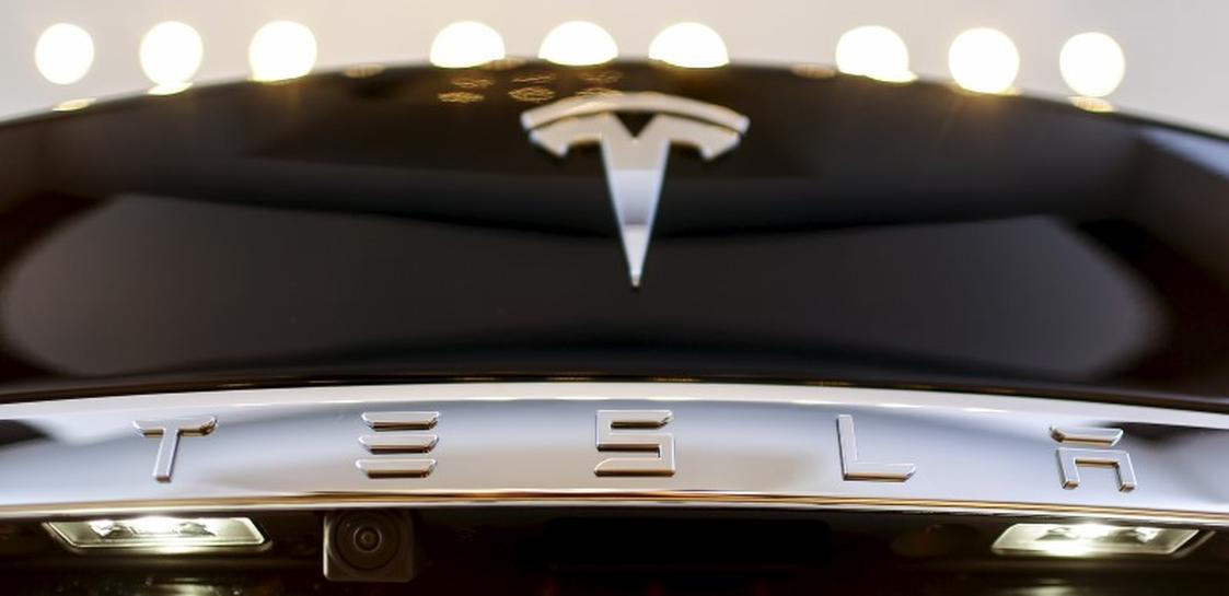 Tesla cooperating with French authorities investigating car fire | Reuters
