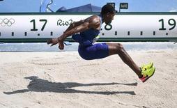 Christian Taylor na final do salto triplo dos Jogos do Rio. 16/08/2016  REUTERS/Dylan Martinez