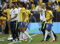Jogadores da seleção brasileira após derrota para a Suécia. 16/08/2016 REUTERS/Leonhard Foeger