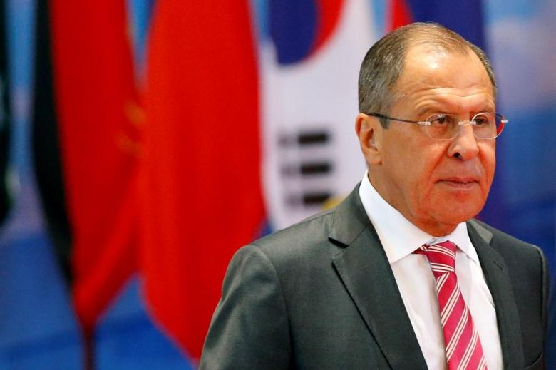 Russian foreign minister Sergey Lavrov arrives at the ASEAN foreign ministers meeting in Vientiane, Laos July 25, 2016. REUTERS/Jorge Silva