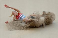 Saltadora de longa distância russa Darya Klishina durante competição em Pequim.   27/08/2015       REUTERS/Dylan Martinez/File Photo