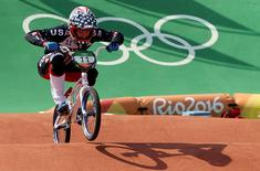2016 Rio Olympics - Cycling BMX - Quarterfinal - Men's BMX Quarterfinals - Olympic BMX Centre - Rio de Janeiro, Brazil - 18/08/2016. Connor Fields (USA) of USA competes.   REUTERS/Eric Gaillard