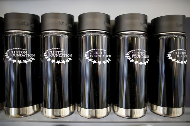 Clinton Foundation water bottles are seen for sale at the Clinton Museum Store in Little Rock, Arkansas, United States April 27, 2015.  REUTERS/Lucy Nicholson