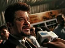 Ator Anil Kapoor durante rpemiação em Colombo   3/6/2010 REUTERS/Dinuka Liyanawatte