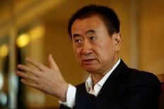 Wang Jianlin, durante entrevista em Pequim 23/8/2016 REUTERS/Thomas Peter
