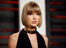 Taylor Swift durante evento em Beverly Hills. 28/2/2016.  REUTERS/Danny Moloshok