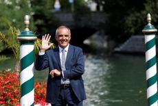 Diretor do Festival de Veneza Alberto Barbera acena antes do 73º festival. 30/8/2016. REUTERS/Alessandro Bianchi