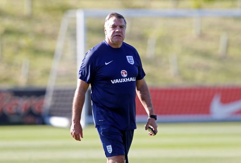England manager Sam Allardyce during trainingAction Images via Reuters / Carl RecineLivepic