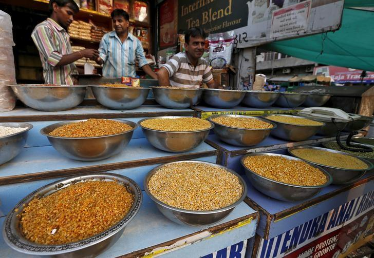 Pulses are kept on display for sale in a shop at a market in Ahmedabad, June 20, 2015. REUTERS/Amit Dave/Files