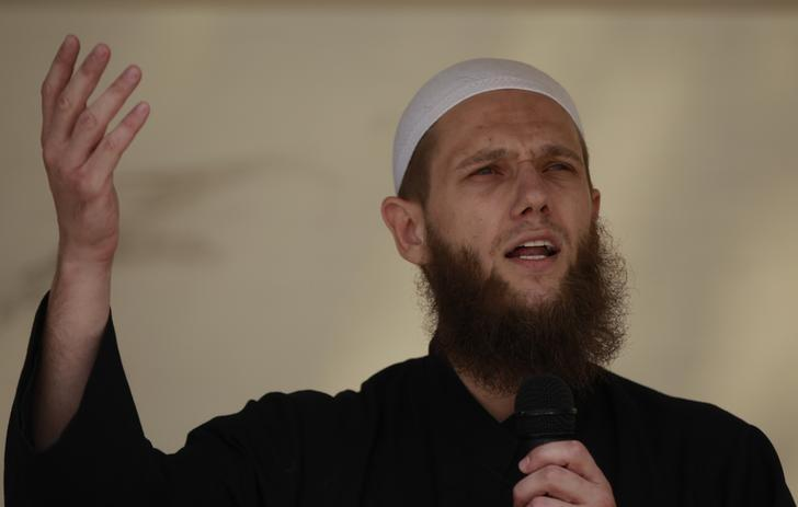 Islamist preacher Sven Lau delivers a speech during a pro-Islam demonstration in Cologne, Germany June 9, 2012.   REUTERS/Ina Fassbender
