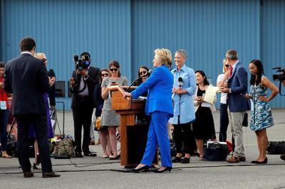 Clinton meets the press