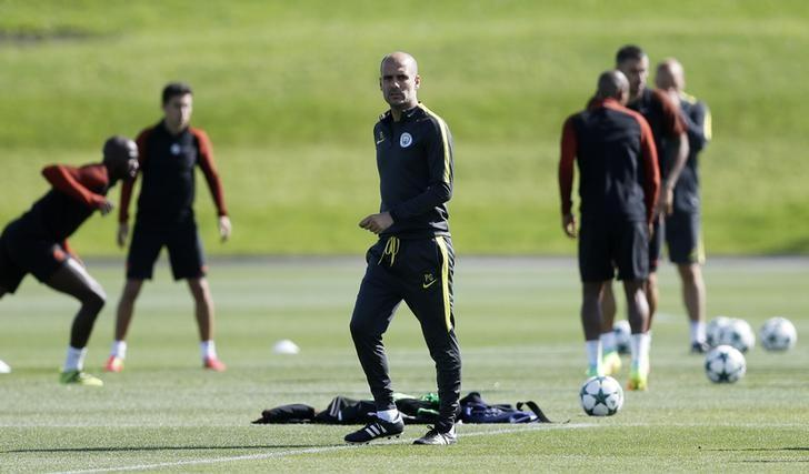 Football Soccer Britain - Manchester City Training - City Football Academy - 23/8/16Manchester City manager Pep Guardiola during training. Action Images via Reuters / Carl Recine. Livepic