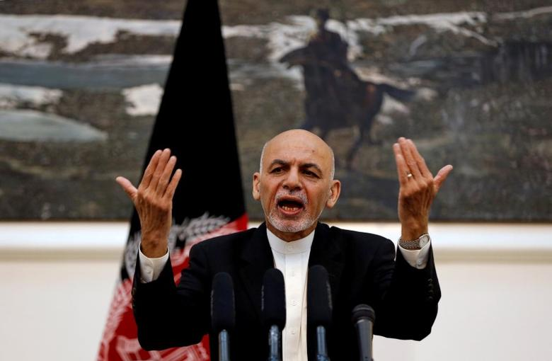 Afghanistan's President Ashraf Ghani speaks during a news conference in Kabul, Afghanistan July 11, 2016. REUTERS/Omar Sobhani/File Photo