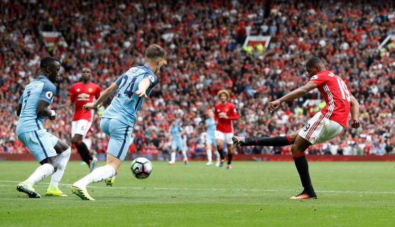 Britain Soccer Football - Manchester United v Manchester City - Premier League - Old Trafford - 10/9/16. Manchester United's Marcus Rashford scores a goal which was later disallowed. Action Images via Reuters / Carl Recine. Livepic