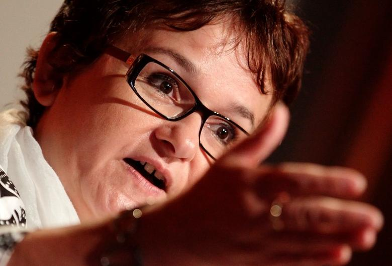 European Central Bank (ECB) executive board member Sabine Lautenschlaeger delivers her keynote speech during the annual regulatory conference of Austrian markets watchdog FMA in Vienna September 30, 2014.  REUTERS/Heinz-Peter Bader (AUSTRIA - Tags: BUSINESS POLITICS) - RTR48AWG