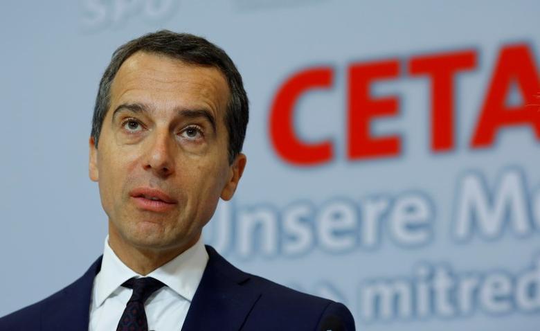 Austrian Chancellor Christian Kern addresses a news conference in Vienna, Austria September 2, 2016. REUTERS/Leonhard Foeger