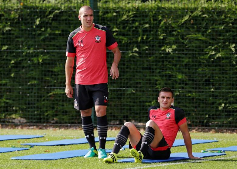 Britain Soccer Football - Southampton Training - Southampton Training Ground, Southampton, England - 14/9/16Southampton's Oriol Romeu (L) and Dusan Tadic during trainingAction Images via Reuters / Henry BrowneLivepic