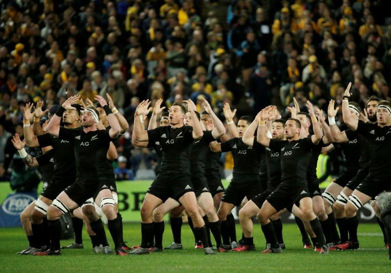 Australia Rugby Union - Bledisloe Cup - Australia's Wallabies v New Zealand All Blacks - Olympic Stadium, Sydney, Australia - 20/8/16New Zealand perform the Haka before their match.   REUTERS/Jason Reed
