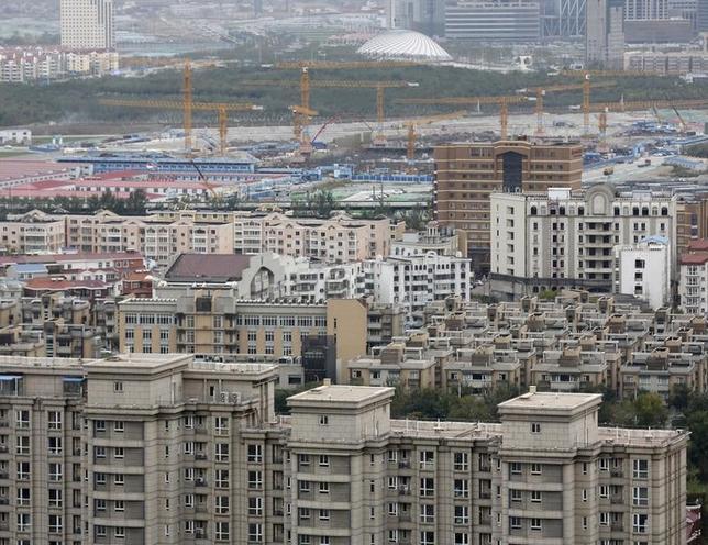 9月19日、8月の中国主要70都市の新築住宅価格平均は前年比9.2%上昇し、7月の7.9%上昇から伸び率が加速した。中国国家統計局が発表したデータに基づきロイターが算出した。天津で2015年10月撮影(2016年 ロイター/Kim Kyung-Hoon)