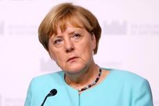 Ангела Меркель на пресс-конференции после саммита ЕС. Партия канцлера Германии Ангелы Меркель - Христианско-демократический союз (ХДС) - потерпела второе за две недели поражение на земельных выборах в воскресенье, показав худший результат с 1990 года в Берлине, так как избиратели отвергли политику открытых дверей для мигрантов. REUTERS/Leonhard Foeger