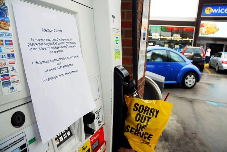 Out of fuel signs are pictured on gas pumps at a Twice Daily Shell station on West End Ave. and N. 17th Ave. S. in Nashville, Tennessee, U.S. September 17, 2016. REUTERS/David Mudd