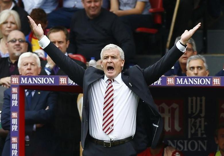 Britain Football Soccer - Crystal Palace v Stoke City - Premier League - Selhurst Park - 18/9/16Stoke City manager Mark Hughes gesturesAction Images via Reuters / Peter CziborraLivepic