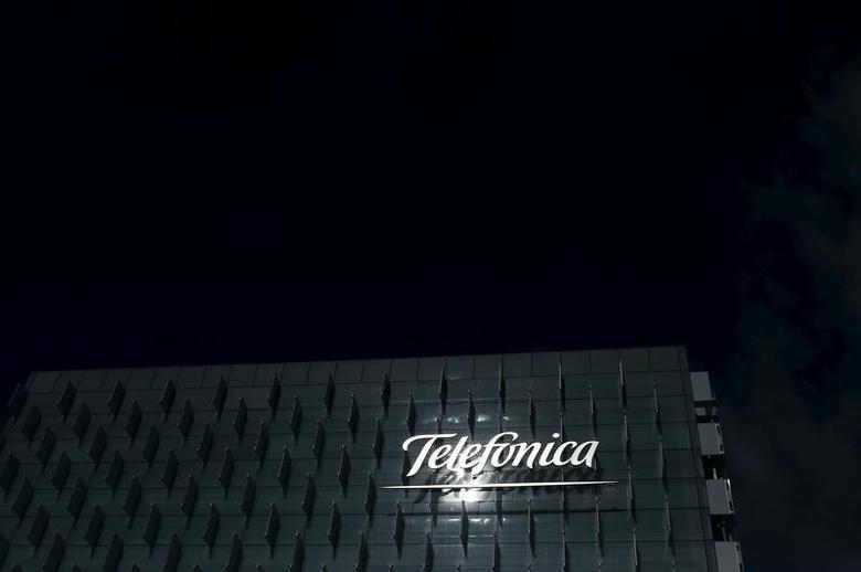 The logo of Spain's Telefonica is seen on its headquarters outside Madrid, February 25, 2015.   REUTERS/Juan Medina/File Photo