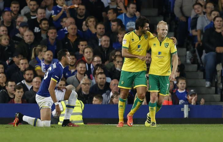 Britain Football Soccer - Everton v Norwich City - EFL Cup Third Round - Goodison Park - 20/9/16Norwich City's Steven Naismith celebrates scoring their first goal with Nelson Oliveira Action Images via Reuters / Ed SykesLivepic