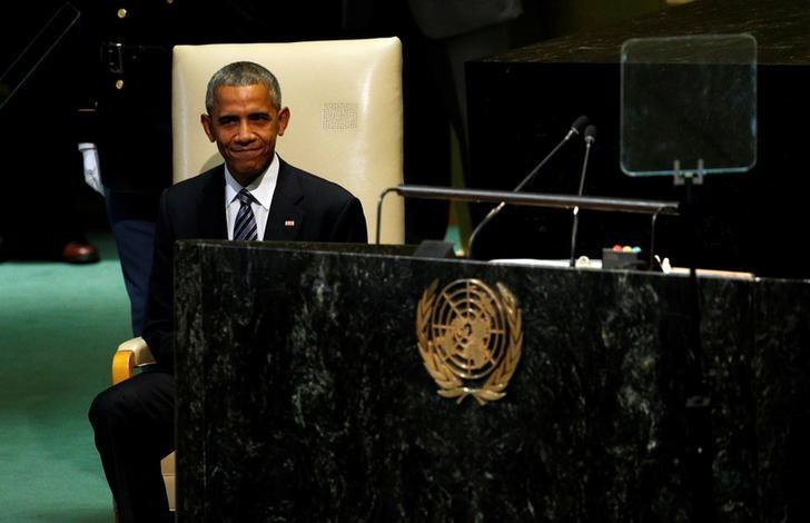 U.S. President Barack Obama listens to applause following his address to the United Nations General Assembly in New York September 20, 2016. REUTERS/Kevin Lamarque
