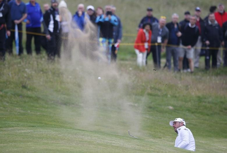 Golf - British Open - England's Lee Westwood plays out of a bunker on the sixth hole during the second round - Royal Troon, Scotland, Britain - 15/07/2016.  REUTERS/Paul Childs