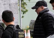 Ex-ministro da Fazenda Guido Mantega é conduzido pela Polícia Federal em São Paulo. 22/09/2016  REUTERS/Nacho Doce