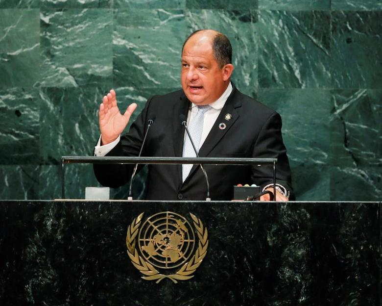 Costa Rican President Luis Guillermo Solis Rivera addresses the United Nations General Assembly in the Manhattan borough of New York, U.S. September 20, 2016.   REUTERS/Eduardo Munoz