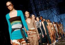 Modelos desfilam criações da Missoni durante a Semana de Moda de Milão 25/09/2016 REUTERS/Alessandro Garofalo